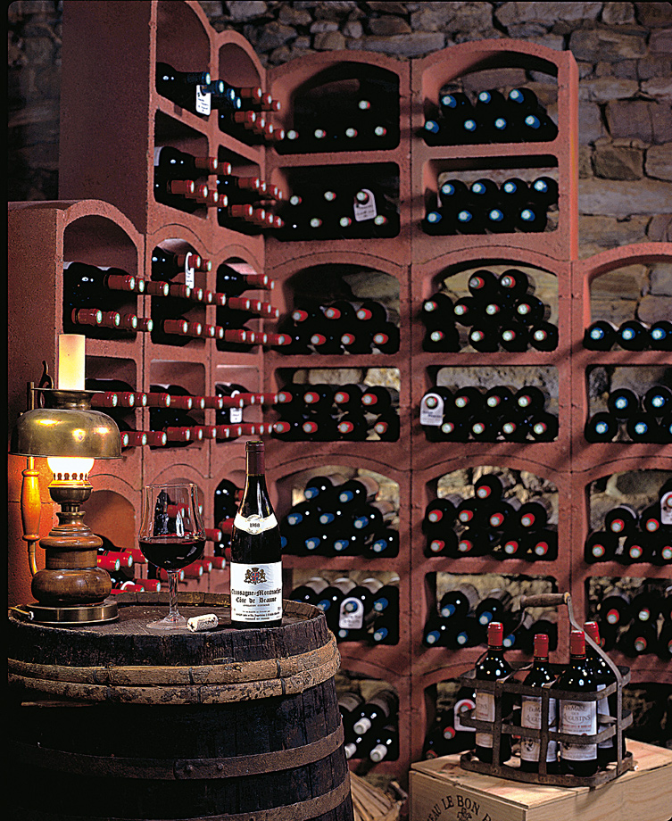 Traditional wine cellar with Bloc Cellier red clay wine racks  sc 1 st  Bloc Cellier & fitting out of wine cellars